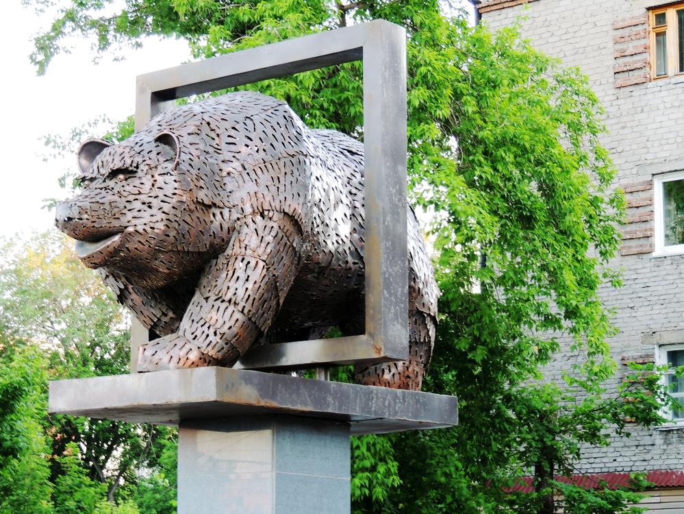 скульптура медведь Барнаул